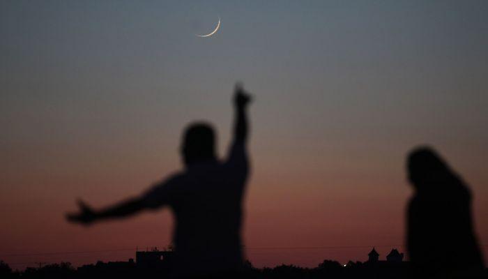 'الأوقاف' تدعو لتحري هلال شهر رمضان
