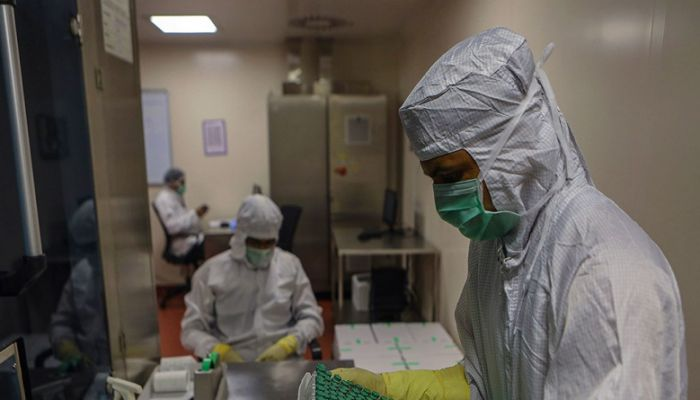 د. محمد اللواتي: اللقاح فرصتنا الذهبية وبريطانيا خير مثال