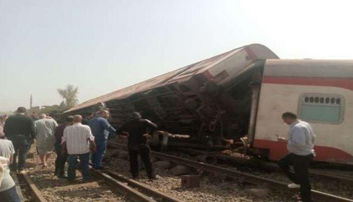 مصر: ارتفاع عدد الضحايا في حادث قطار طوخ إلى 16 قتيلا
