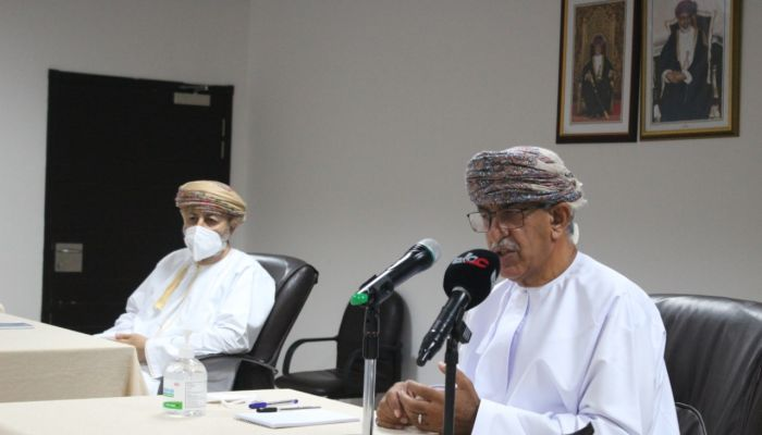 وزير الصحة يزور ظفار