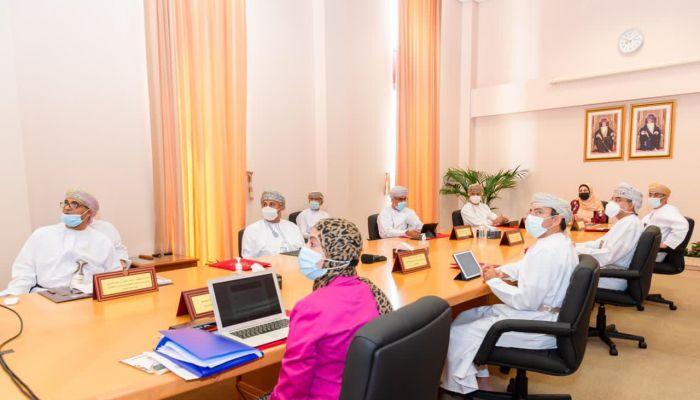 مجلس جامعة السلطان قابوس يعقد اجتماعه الثالث خلال العام الأكاديمي الحالي