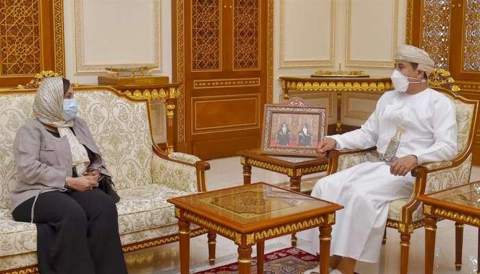 Royal office minister receives envoy of Libya