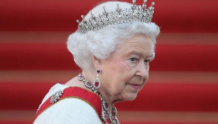 الملكة إليزابيث.. أطول ملوك العالم جلوسا على العرش