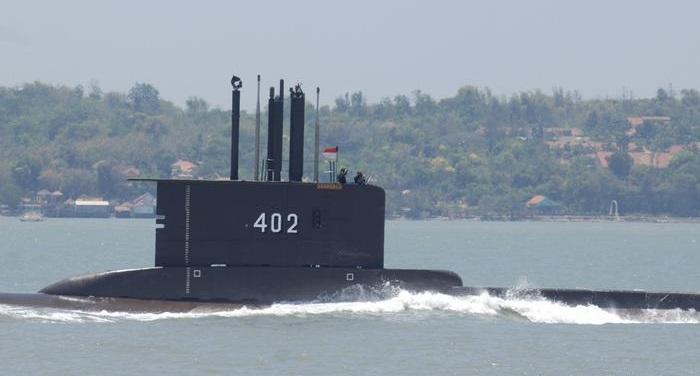 Missing Indonesian submarine has sunk: Military