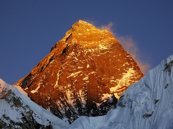 Coronavirus reaches Mount Everest, Norwegian climber tests COVID-19 positive