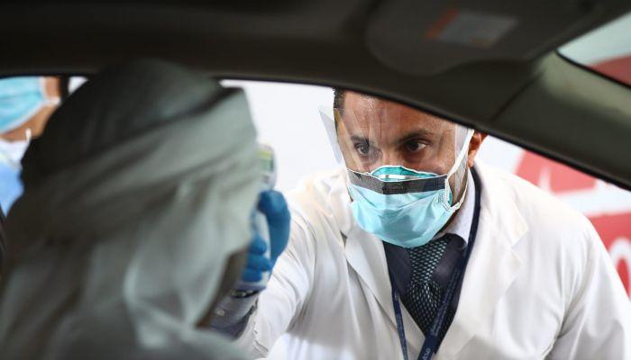 الإمارات تسجّل 5 وفيات و2094 إصابة جديدة بكورونا