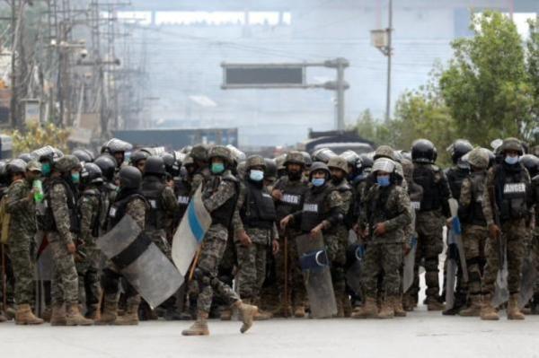 مقتل شرطي وإصابة خمسة جراء انفجار في باكستان