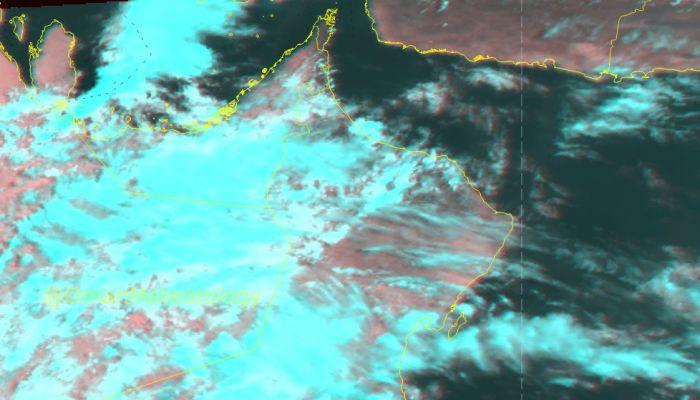 الأرصاد: غطاء سحابي ماطر على معظم محافظات السلطنة