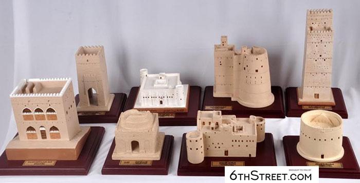 Craftsman documents Oman's historic models from gypsum