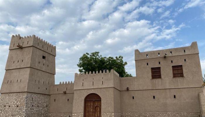 'مربعة الشيخ' بولاية دبا.. تاريخٌ أثري وثقافي