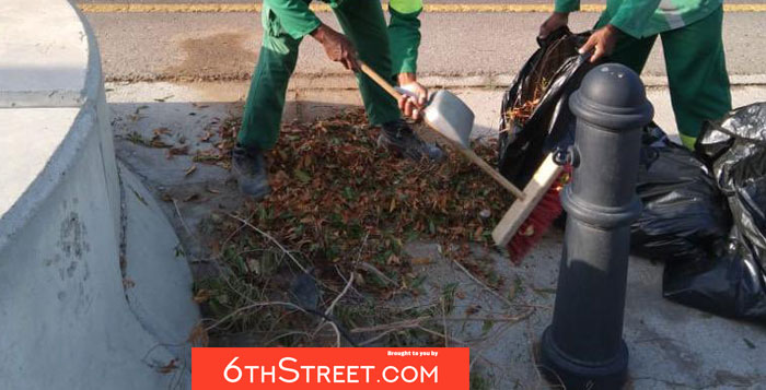 Muscat Municipality continues to clean streets after thunderstorms