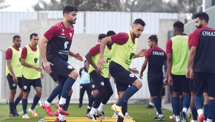 منتخبنا الوطني الأول لكرة القدم يختتم معسكره الخارجي بدبي