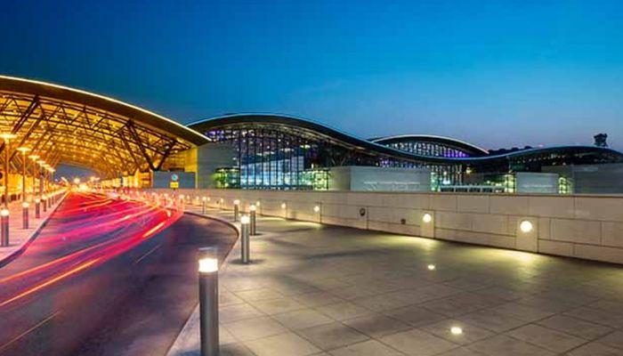 بعد قرارات اللجنة العليا.. مطارات عمان تنشر تحديثًا جديدًا بشأن إجراءات السفر عبر مطارات السلطنة