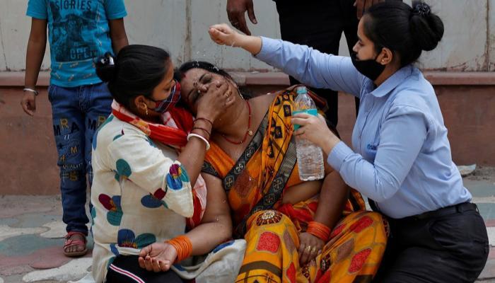الهند تسجل 329 ألفًا و942 حالة إصابة جديدة بكورونا