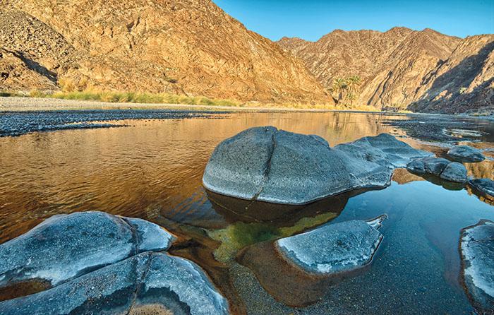 We Love Oman: Go trekking in Wadi Al Abyad