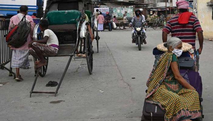 الهند تسجل زيادة أقل في عدد الإصابات اليومية بكوفيد-19 لليوم الثالث على التوالي