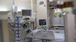 الصحة : 238 مريضاً بفيروس كورونا يرقد في العناية المركزة