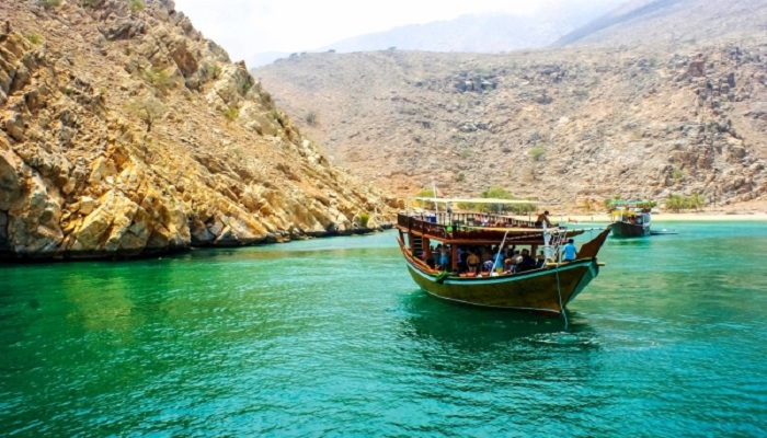 Ministry mulls on new tourism projects in Oman