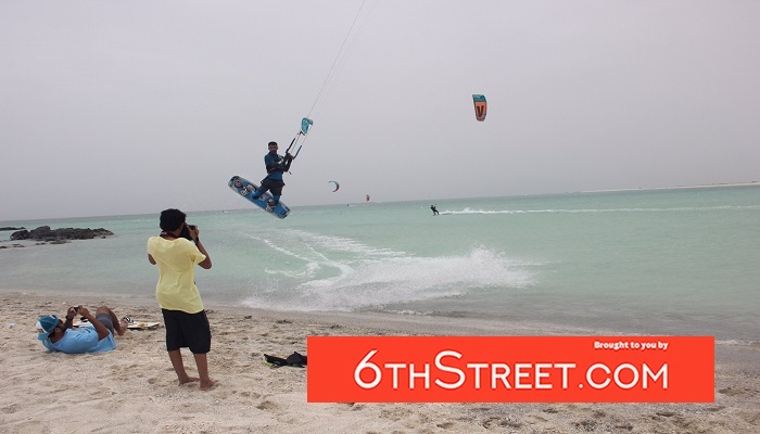 Masirah Beach camp in Oman organises kitesurfing courses