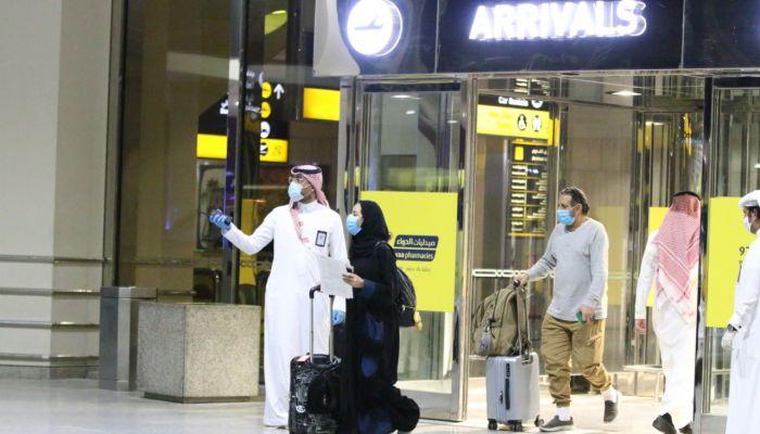 السعودية تسمح بدخول القادمين إليها من 11 دولة.. تعرف عليها