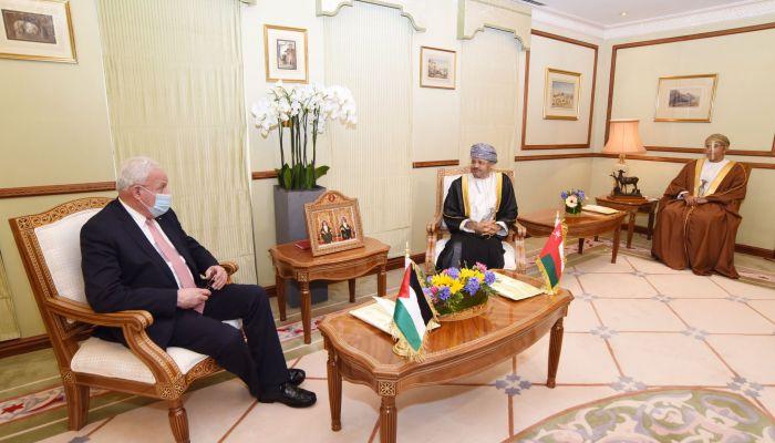 السيد بدر بن حمد يبحث الأوضاع التي شهدتها القدس مع نظيره الفلسطيني