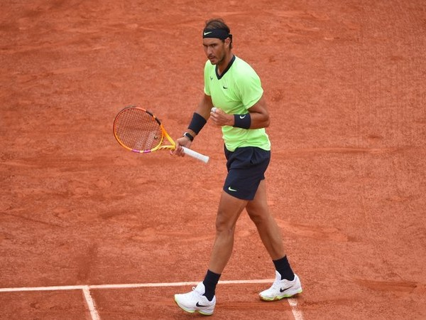 French Open:  Nadal, Federer storm into fourth round