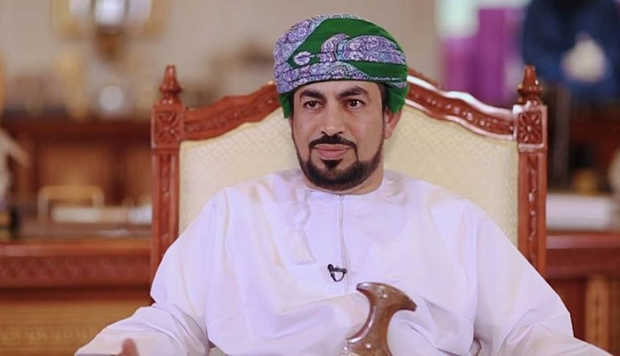 Minister praises Oman's response to COVID-19 vaccination campaign