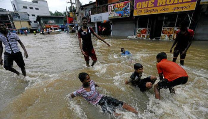 مصرع 14 شخصا جراء فيضانات وانهيارات أرضية في سريلانكا