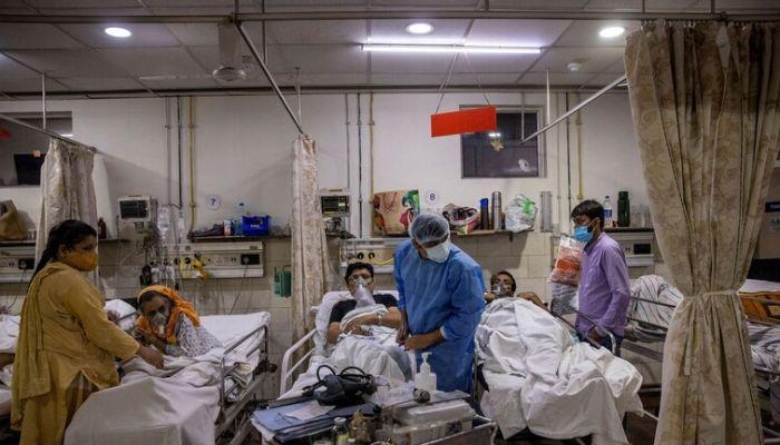 الهند تعتزم تخفيف قواعد العزل العام مع تراجع الإصابات بكورونا