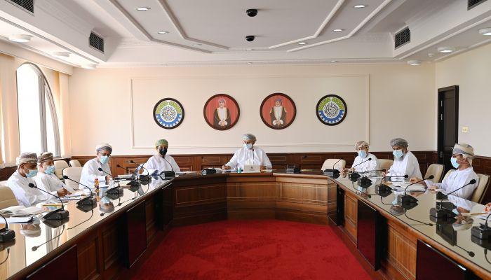 الغرفة تناقش الحماية التأمينية للسفن وقوارب الصيد