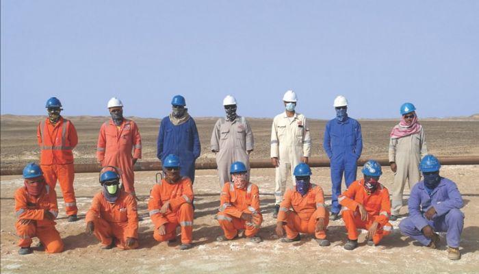 بطول ٤٫١ كيلومتر.. فريق عماني بالكامل ينجح في إكمال خط تدفق نفطي