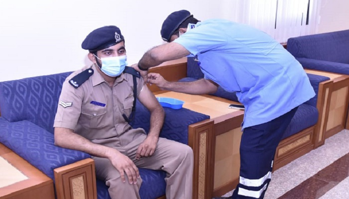 Royal Oman Police vaccinates its employees against COVID-19