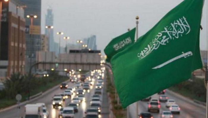 قرار قضائي سعودي يلغي تسليم المرأة لمحرمها