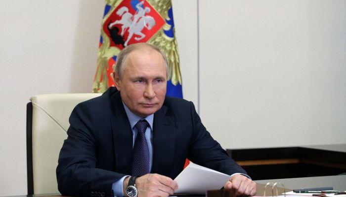 بوتين: لم يتم تجاوز الجائحة بعد.. لكن الاقتصاد الروسي يتعافى