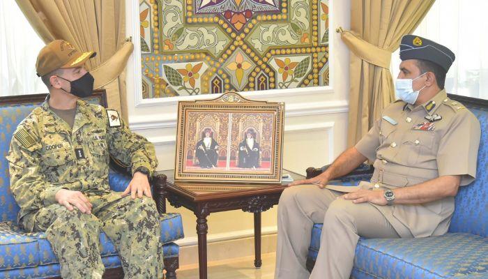 الغافري يستقبل قائد القوات البحرية للقيادة الوسطى الأمريكية