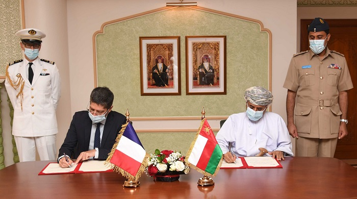 Oman, France sign military cooperation MoU