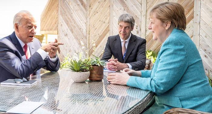 G7 pledges 1 billion COVID vaccines