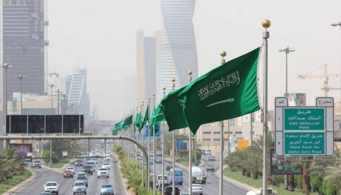 السعودية تمنع غير المطعمين ضد كوفيد19 من دخول المراكز التجارية