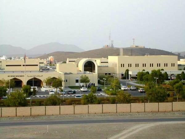 بسبب تزايد الإصابات بكورونا.. مستشفى الرستاق يعلن عدد من الإجراءات