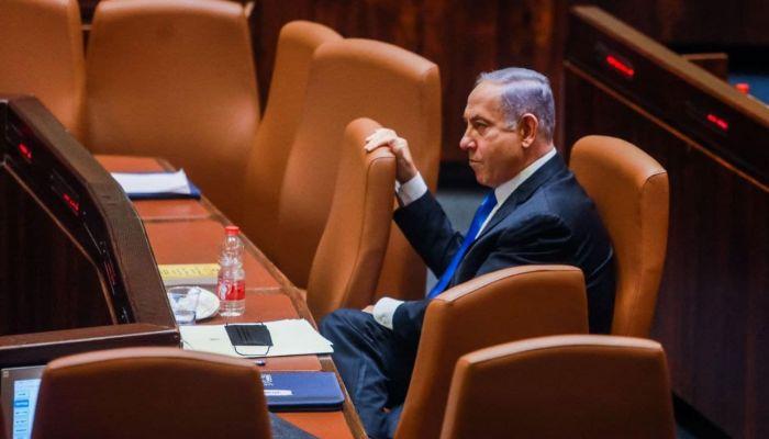 الكنيست الإسرائيلي يزيح نتنياهو من السلطة