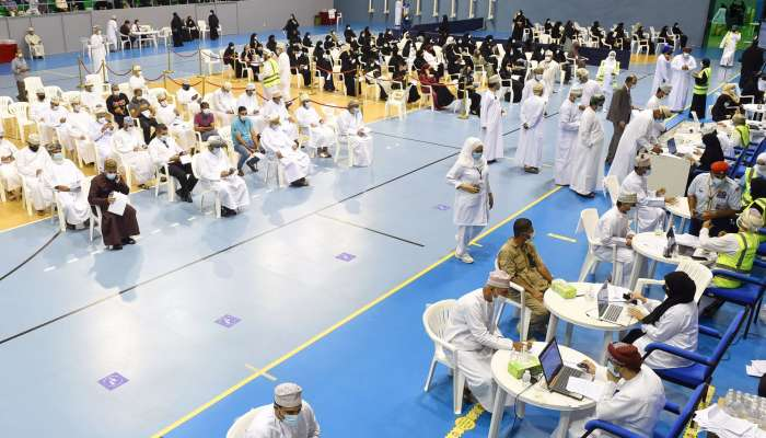Oman witnesses good turn out for Covid-19 vaccine