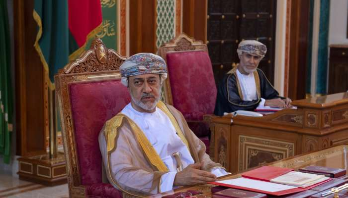 His Majesty presides over cabinet meeting