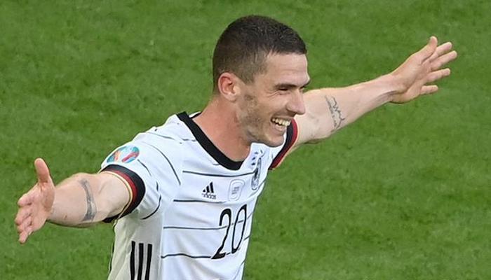 Euro 2020: Robin Gosens inspires Germany to dominant win
