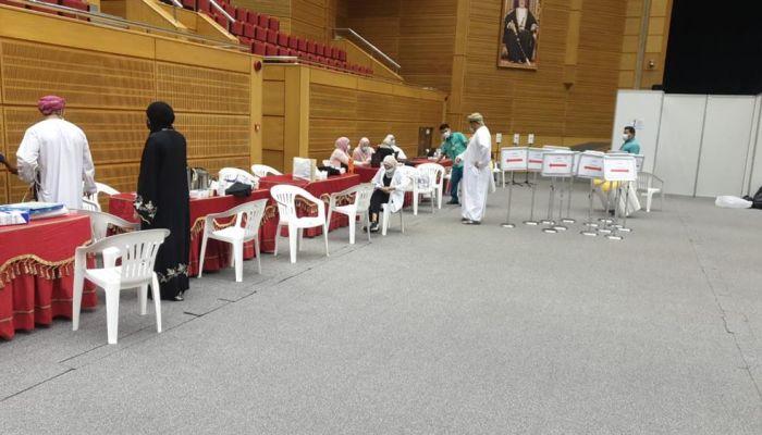 غدًا.. بدء حملة التطعيم ضد كوفيد19 لموظفي وطلبة جامعة السلطان قابوس