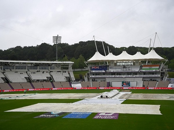 Rain washes out first session on Day Four in Southampton