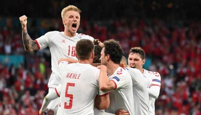الدنمارك تستثمر هدية بلجيكا بفوز كبير على روسيا يضعها بدور ال16 في يورو 2020
