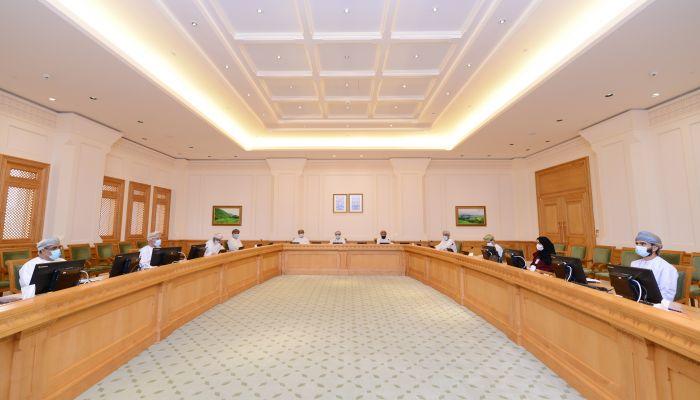 استعراض جهود وزارة التعليم العالي لتطوير التعليم 'عن بُعد'