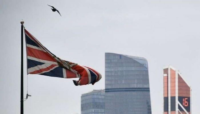 بريطانيا تعتزم السماح لمواطنيها المطعمين ضد كورونا بالسفر