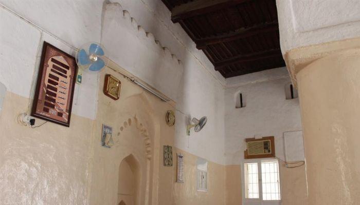 مسجد الفرض من المعالم التاريخية في مدينة نزوى