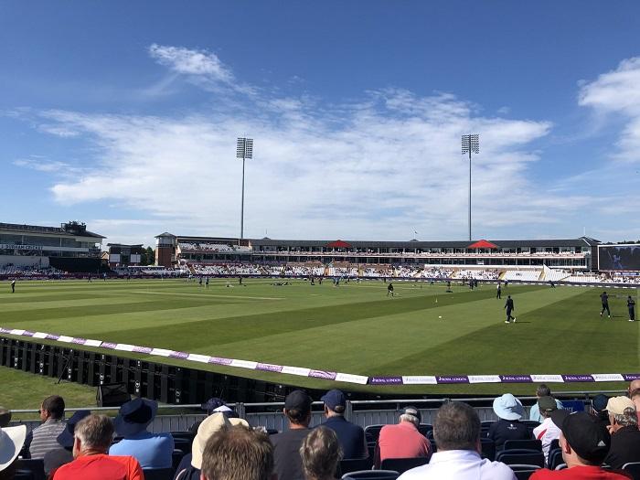 England beat Sri Lanka by 8 wickets to clinch ODI series win